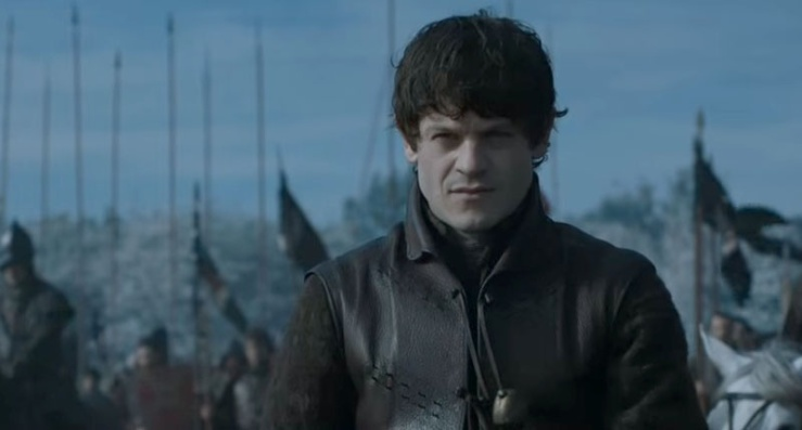actor-iwan-rheon-playing-ramsay-bolton-on-the-hbo-series-game-of-thrones-screenshot-800x430