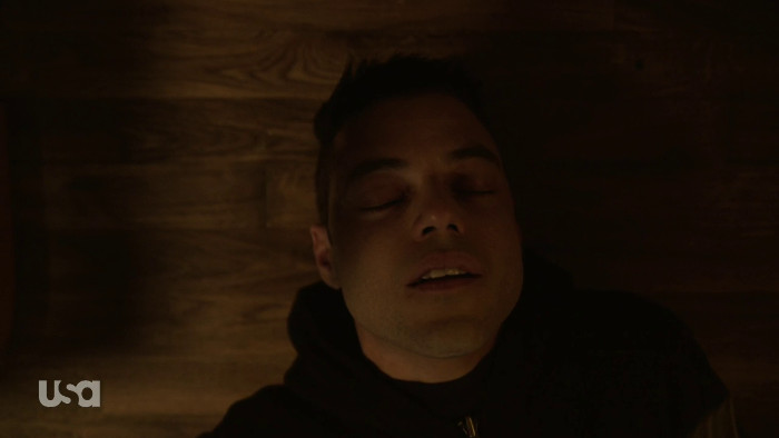 Elliot Almost Dies (Alt)