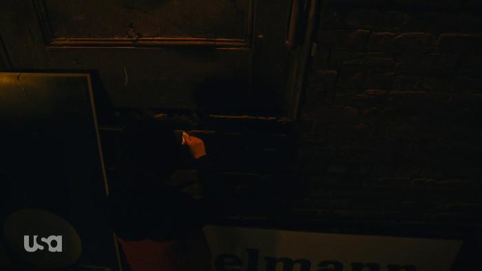 Little Elliot Hides the Key (Alt)