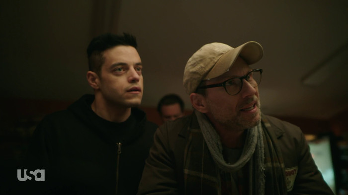 Mr. Robot Cusses Out Cashier (Alt)