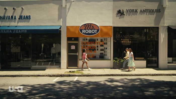 New and Improved Mr. Robot Repair Shop (Alt)